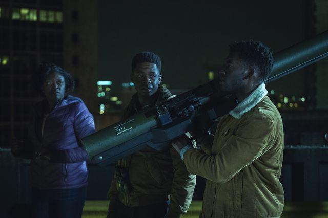 Curfew - 1x02