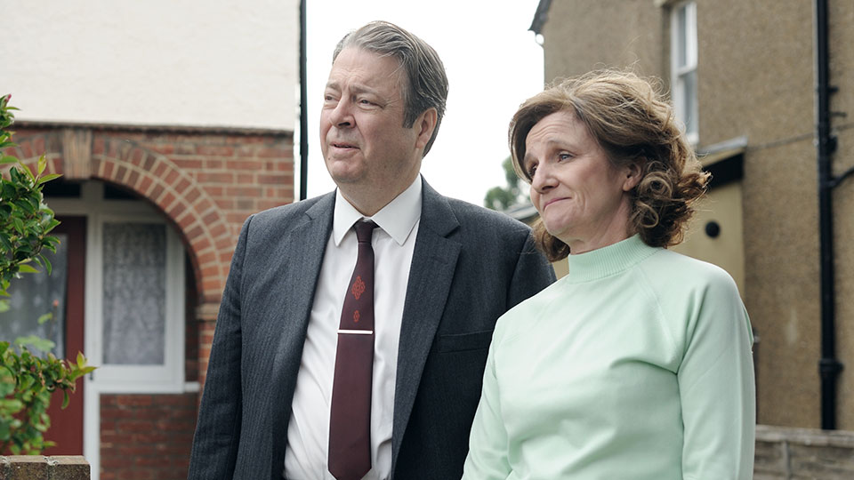 Roger Allam and Caroline O'Neill in Endeavour