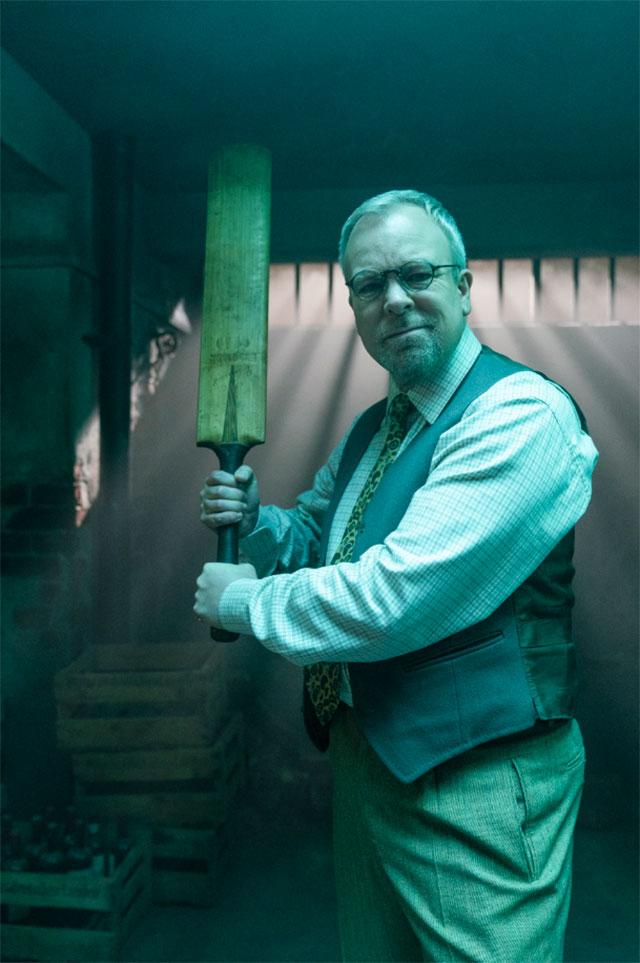 Steve Pemberton in Bounty Hunters series 2