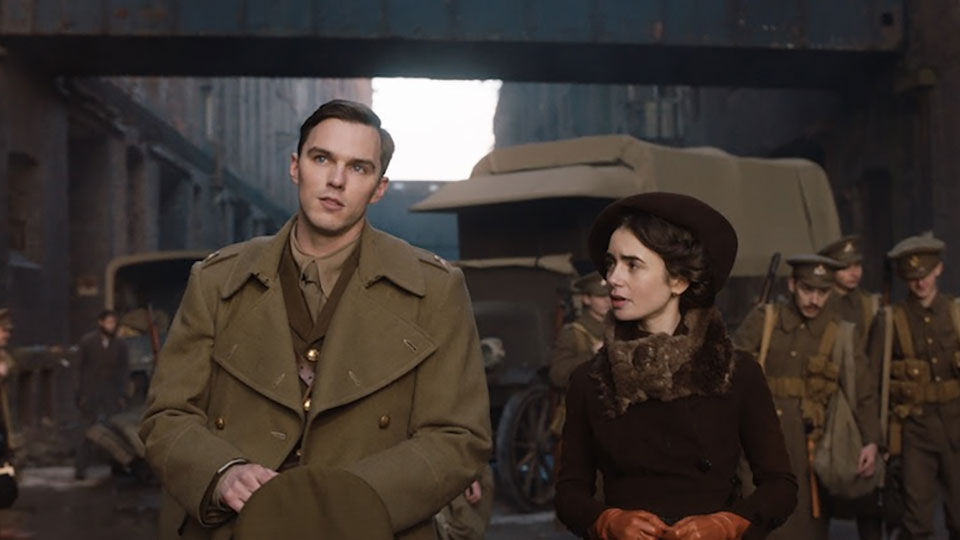 Tolkien - Nicholas Hoult and Lily Collins