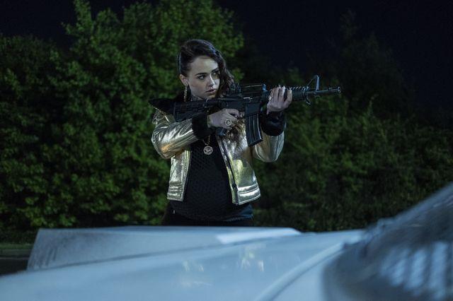Curfew - 1x04