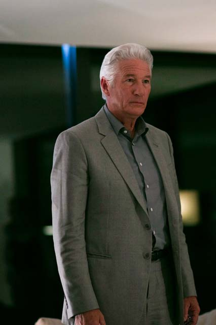 MotherFatherSon episode 5