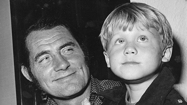 Robert Shaw and a young Ian Shaw. Credit Ian Shaw.