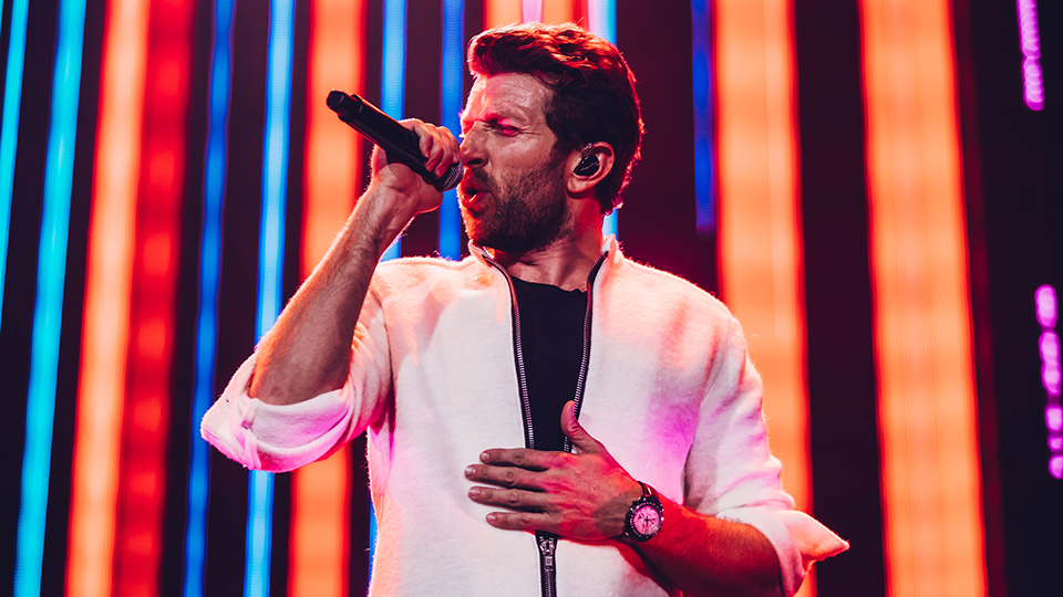 Brett Eldredge at C2C 2019