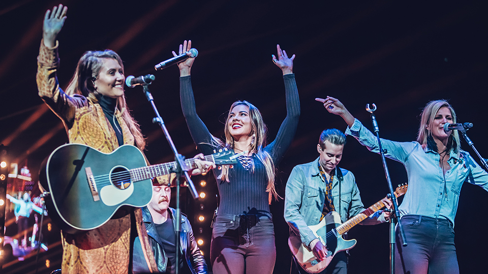 Runaway June at C2C 2019