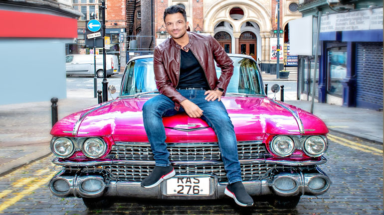 Peter Andre (Teen Angel) at the Grease Leeds. Credit Ant Robling.