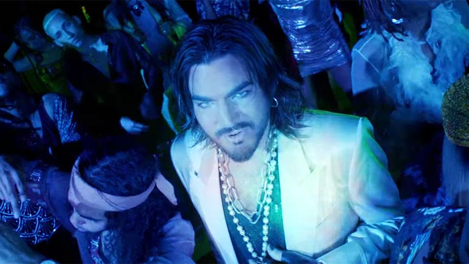 Adam Lambert - Comin In Hot