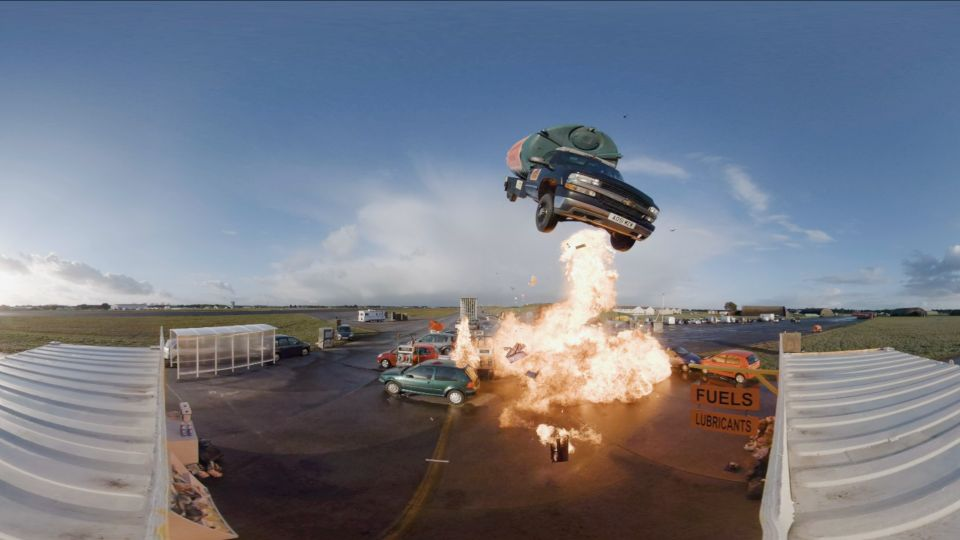 Top Gear Jumps - Petrol Station -1