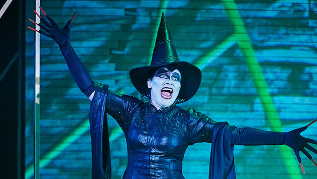 Polly Lister as the Wicked Witch of the West. Credit: The Other Richard.