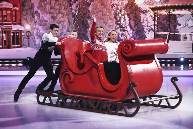 dancing_on_ice_at_christmas_02