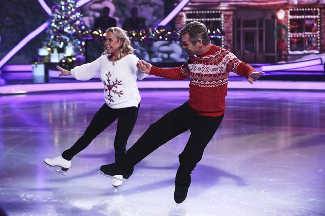 dancing_on_ice_at_christmas_03