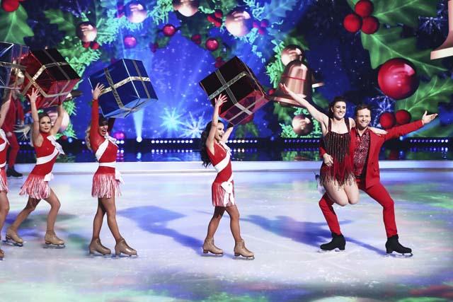 dancing_on_ice_at_christmas_09