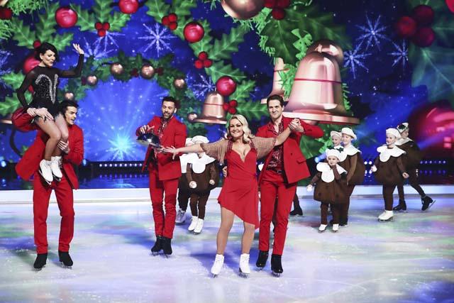 dancing_on_ice_at_christmas_13