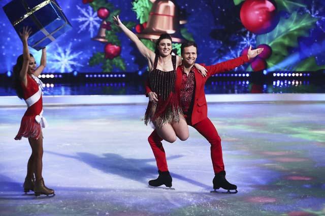 dancing_on_ice_at_christmas_15
