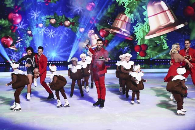 dancing_on_ice_at_christmas_19