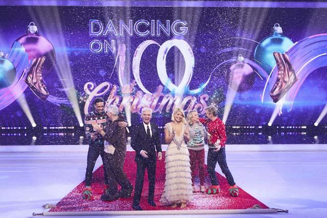 dancing_on_ice_at_christmas_30