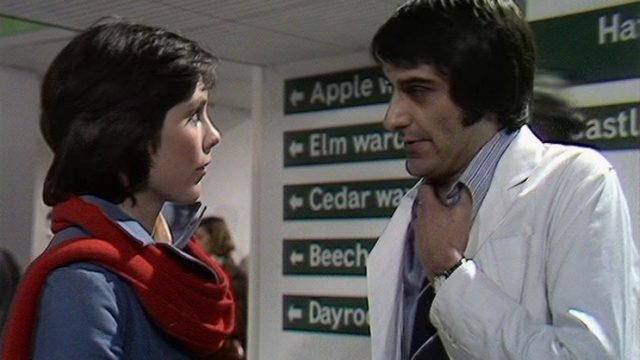 Jenny (Lucy Fleming) witnesses a struggling NHS with Dr Andrew Tyler (Christopher Reich). Credit: BBC Worldwide.